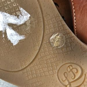 Lucky Brand Shoes - Lucky brand jeweled thong sandals sz.9